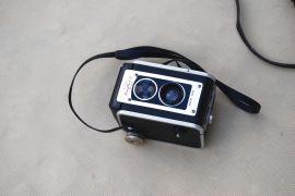 Aparaty fotograficzne Kodak i Lubitel