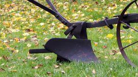 Pług metalowy z kolcami